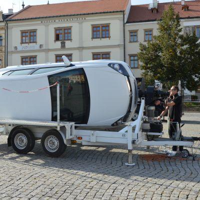 Simulátor pretočenia vozidla na strechu