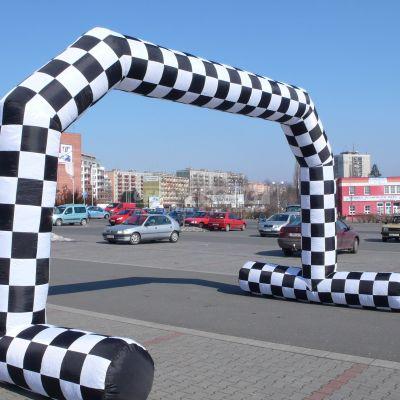 Nafukovací oblúk - šachovnicový