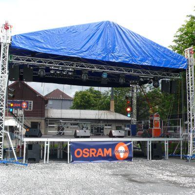 Podium 8 x 6 m